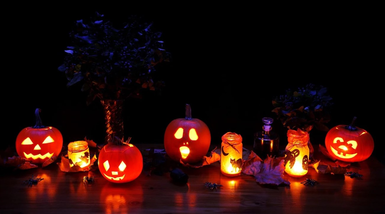 5 Ways to Have a Socially Distant Halloween